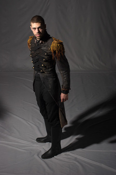 Costume-homme-xix-militaire-location-vertugadins-01