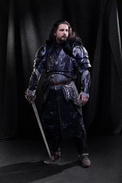Armure-cuir-medieval-guerrier-thorin-vertugadins-location-costume-paris-01